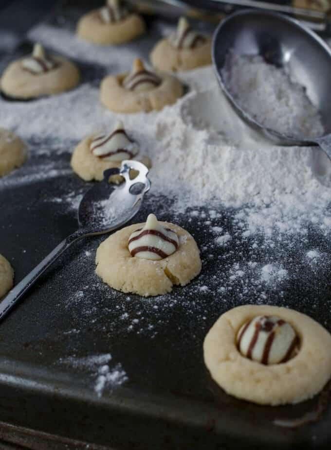 Hershey's Kisses Shortbread Cookies