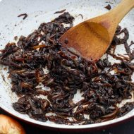 How to Caramelize Onions (a Tutorial!)