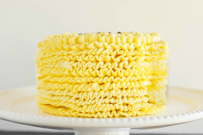 Lemon Swiss Meringue Buttercream 3