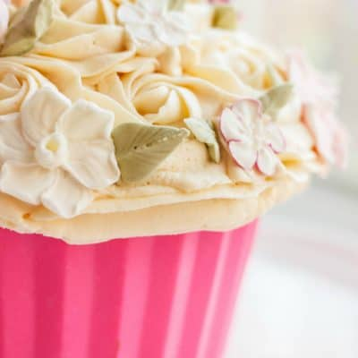 Giant Cupcake Liner Tutorial