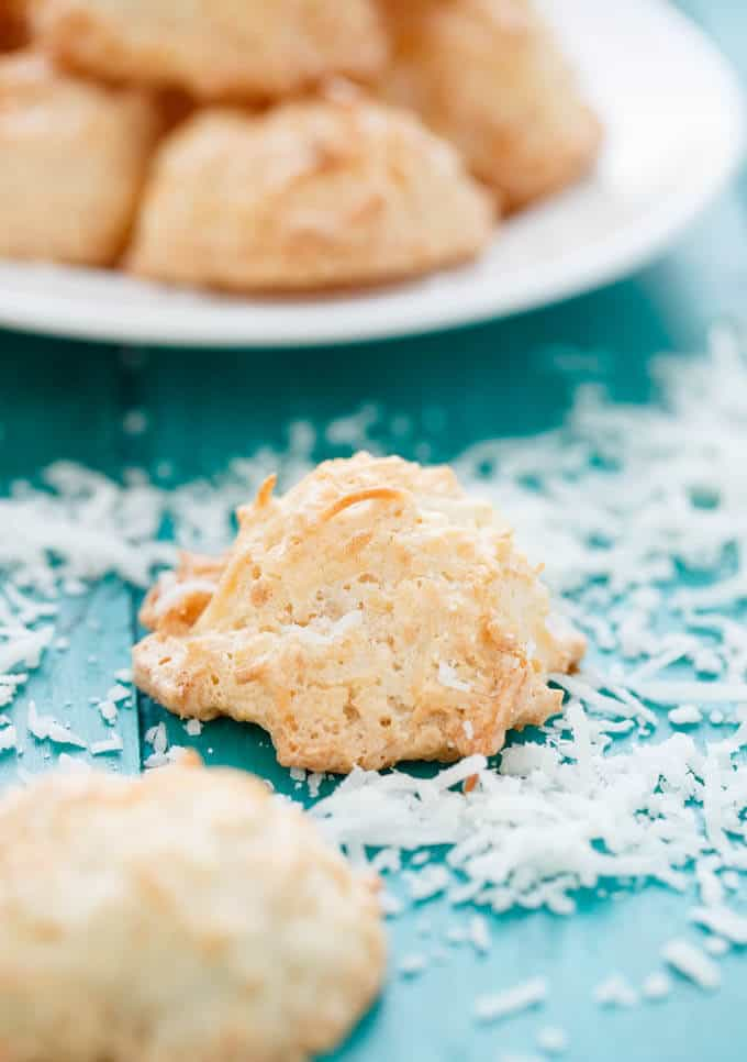 Semi-Toasted Coconut Macaroons #cookies