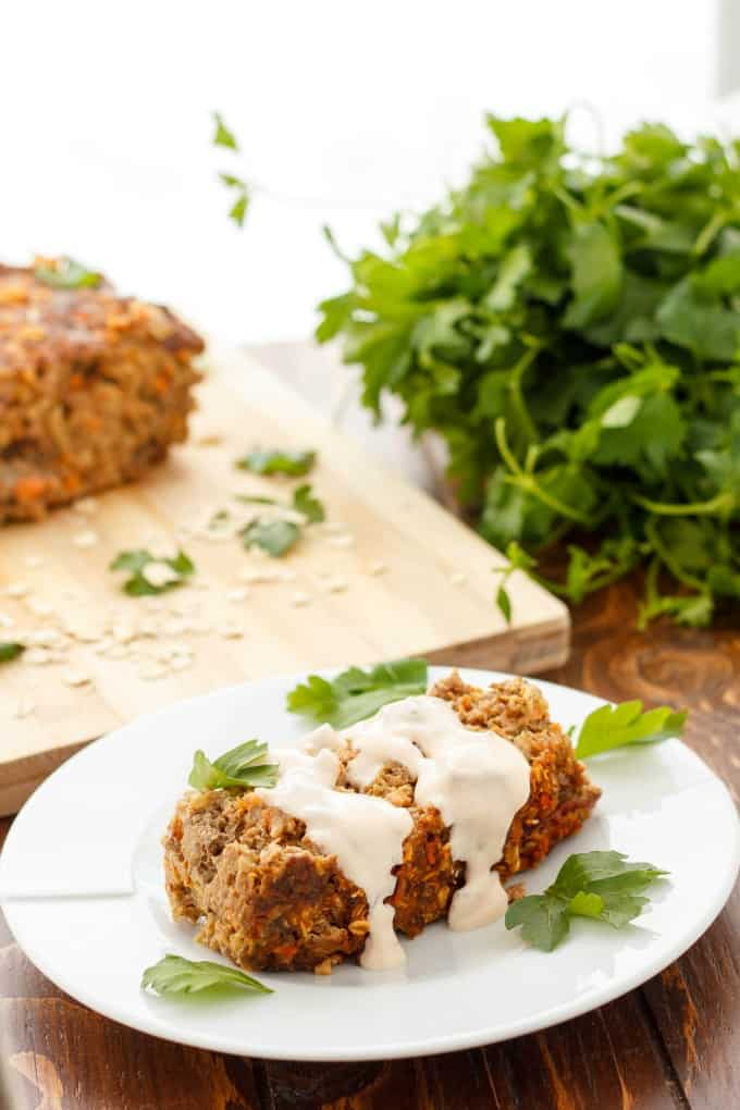 Mexican Meat Loaf with Sour Cream-Chipotle Sauce) #meatloaf
