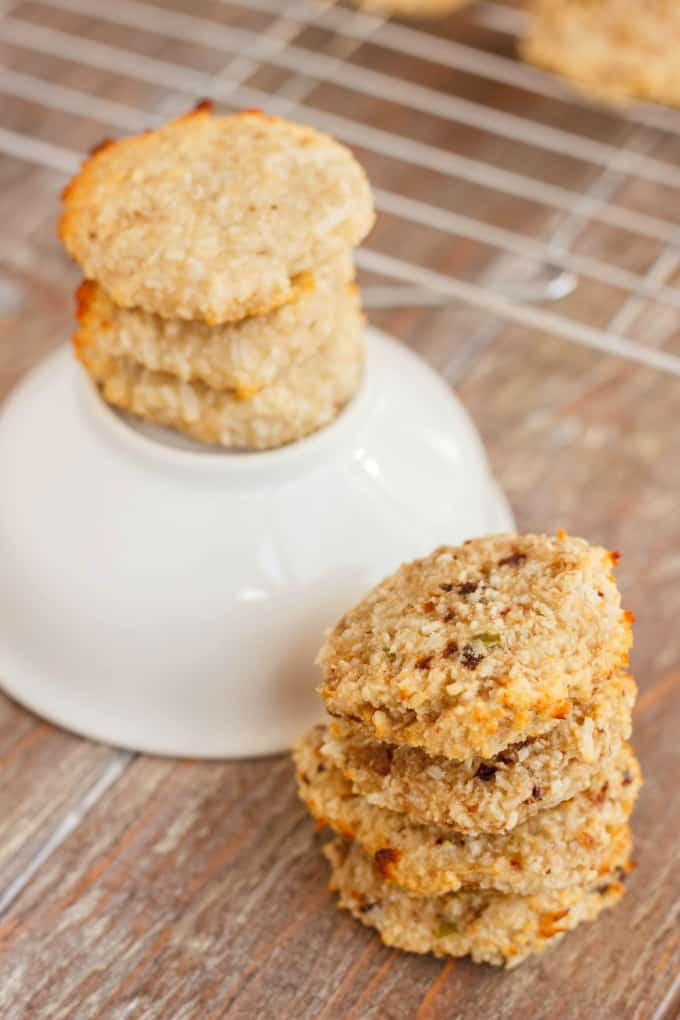 Two-Ingredient Coconut and Banana Cookies 5