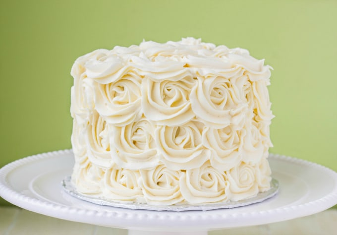 Red Velvet Cake with Vanilla Buttercream Rosettes 10
