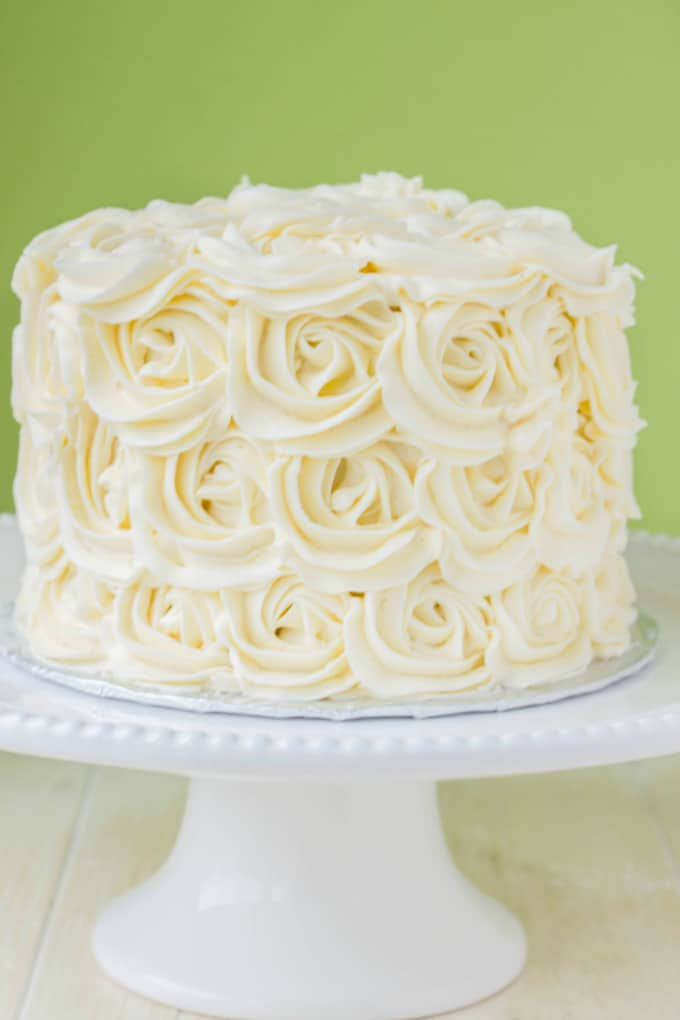 Red Velvet Cake with Vanilla Buttercream Rosettes 7