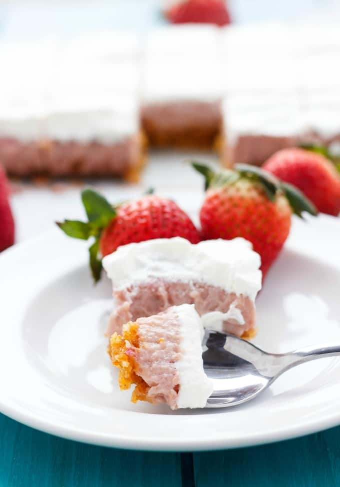 Easy Strawberry Squares #easter