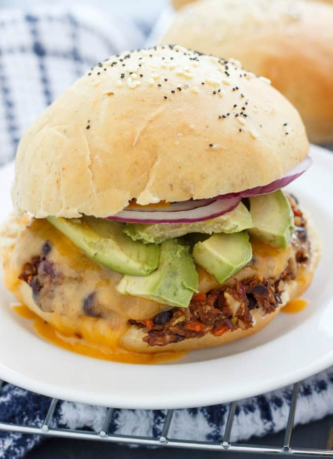 Homemade Hamburger Buns #vegetarian
