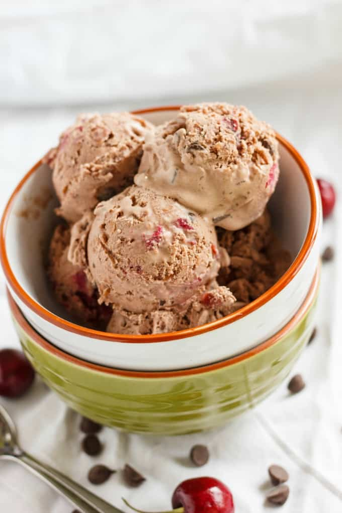 Cherry-Chocolate Ice Cream 1