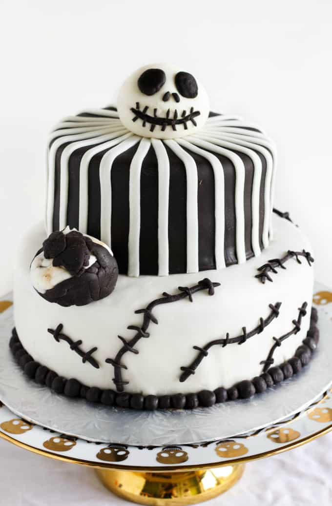 Nightmare Before Christmas Cake (Jack Skellington Cake) 1