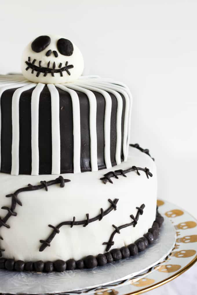 Nightmare Before Christmas Cake (Jack Skellington Cake) 3
