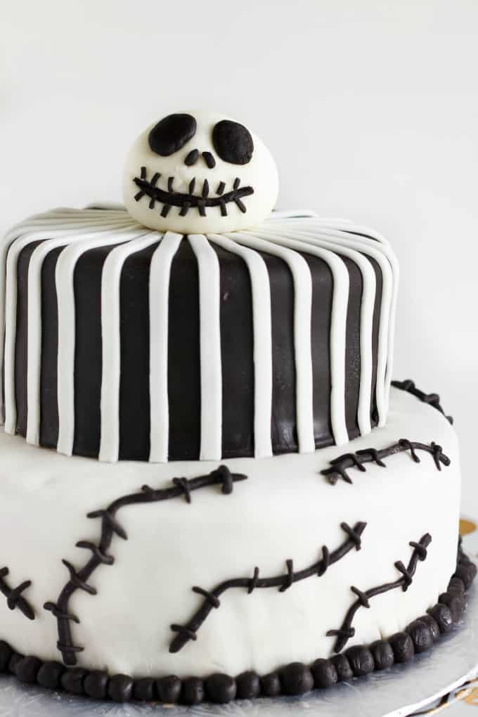 Nightmare Before Christmas Cake (Jack Skellington Cake) 4