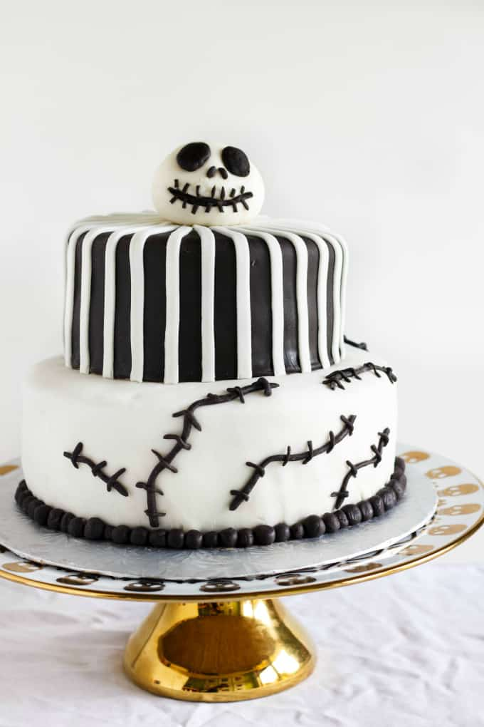 Nightmare Before Christmas Cake (Jack Skellington Cake) 5