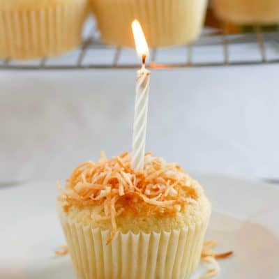 Toasted Coconut Cupcakes with Coconut Glaze