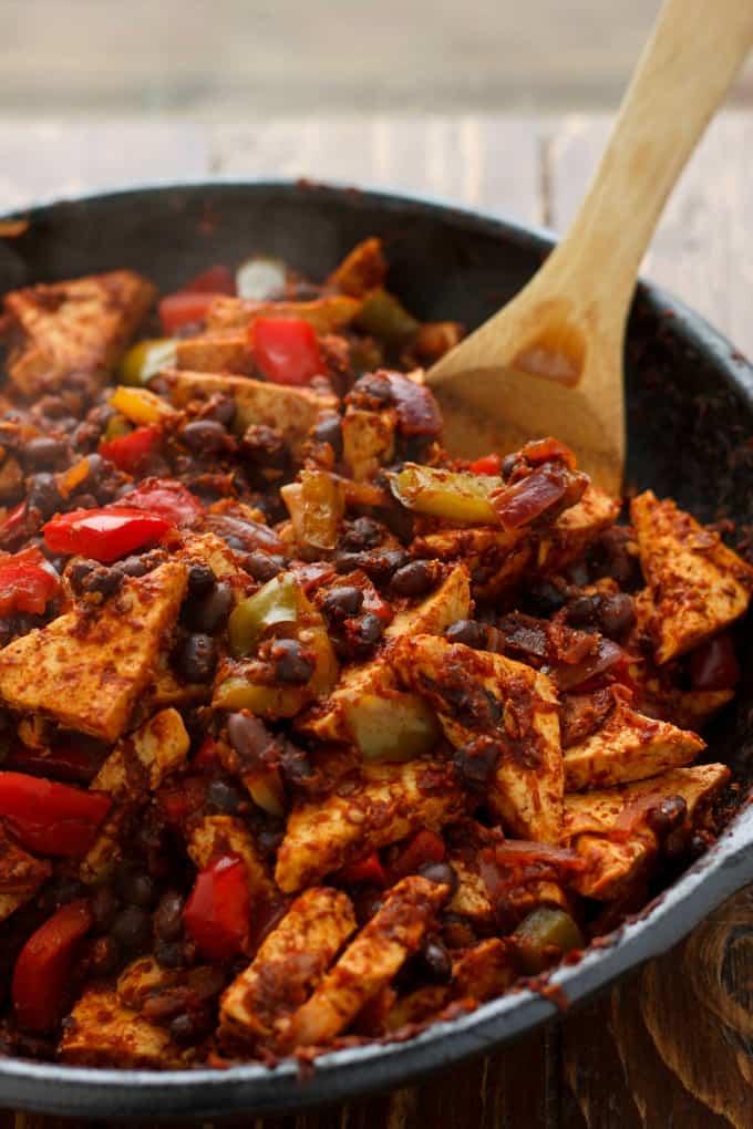 Spicy Tofu Quinoa Bowl #eatwell