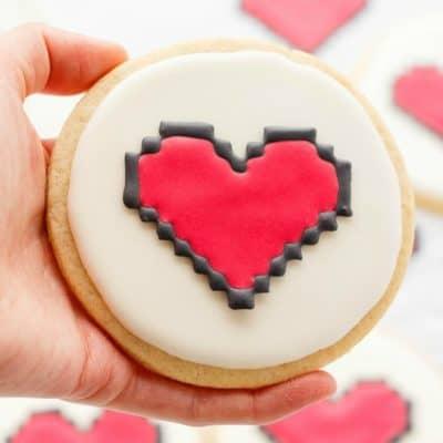 8 Bit Heart Cookies (Cookie Geek #2)