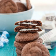 Cookies 'n' Cream Stuffed Cookies