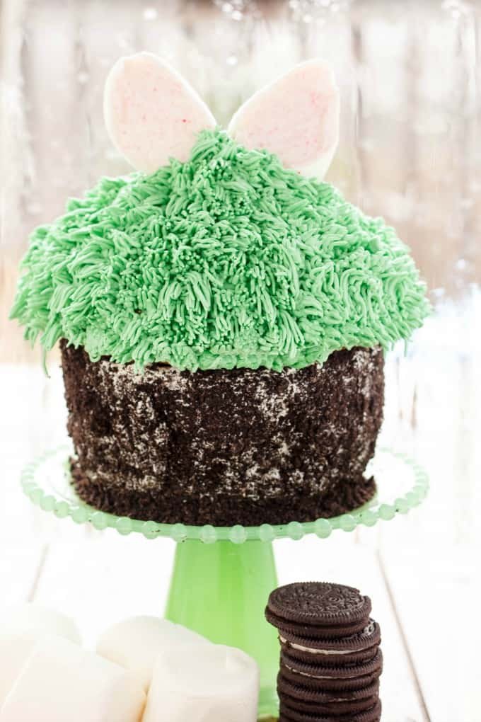 Giant Cupcake for Easter (Bunny Hiding in the Grass) #spring