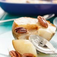 Roasted Pears with White Chocolate Sauce