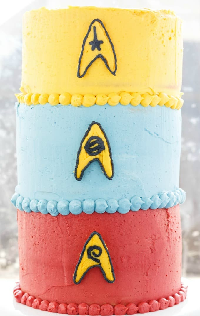 Buttercream Star Trek Cake (Cookie Geek #3) #cake