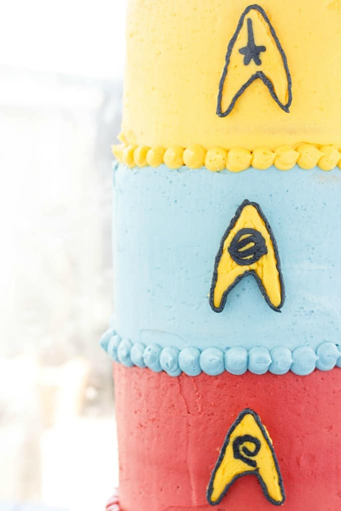 Buttercream Star Trek Cake (Cookie Geek #3) #startrek