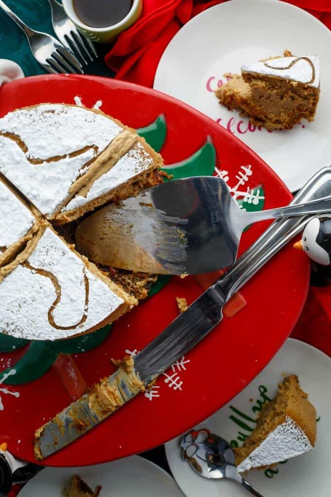 Gingerbread Cheesecake (Gluten-Free) - The Cookie Writer