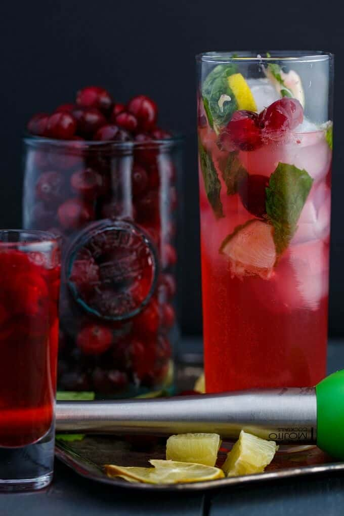 Christmas Cranberry Mojitos