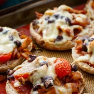 Salsa Chicken Mini Pizzas
