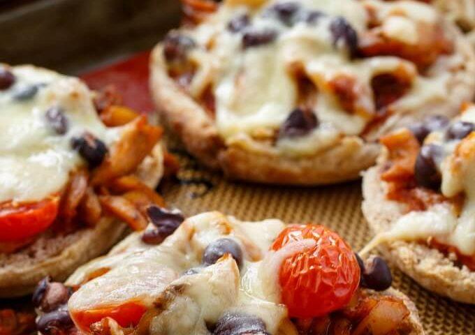 Salsa Chicken Mini Pizzas