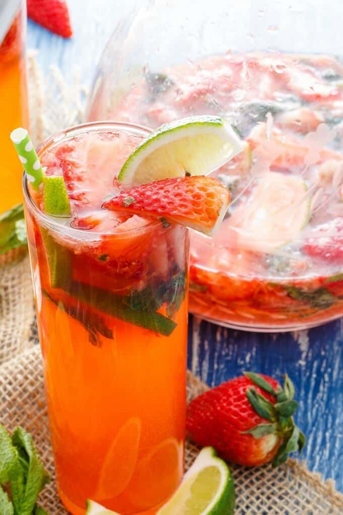 Fresh Strawberry Mojitos